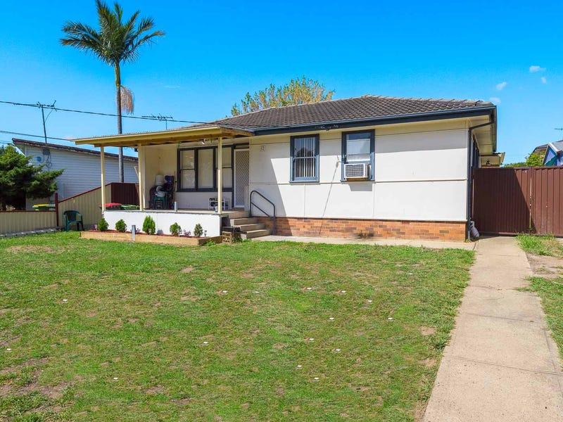 12 Montrose Avenue, Fairfield East, NSW 2165