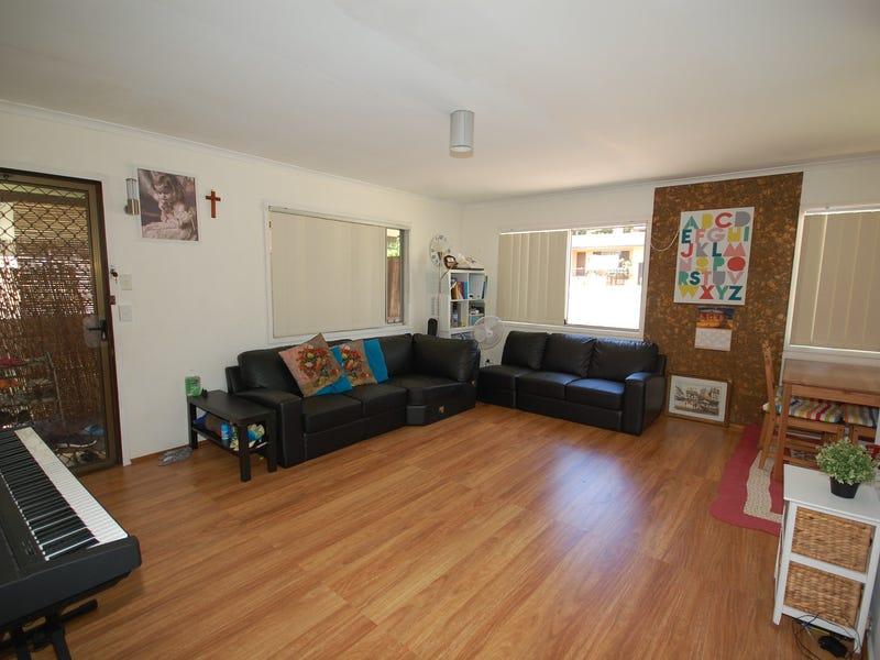 97 Kindra Avenue, Southport, Qld 4215
