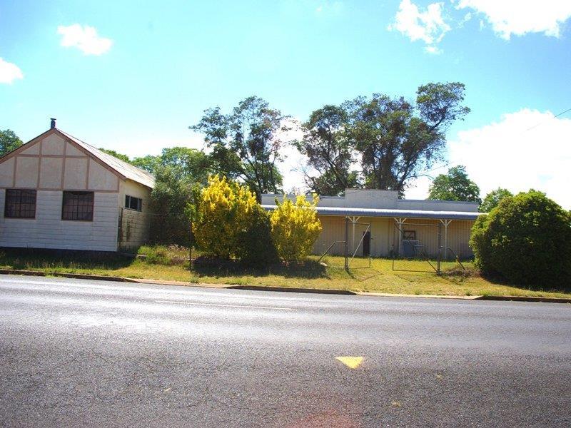 169 Bradley Street, Guyra, NSW 2365