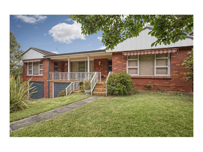 33 Carlisle Cres, Beecroft, NSW 2119