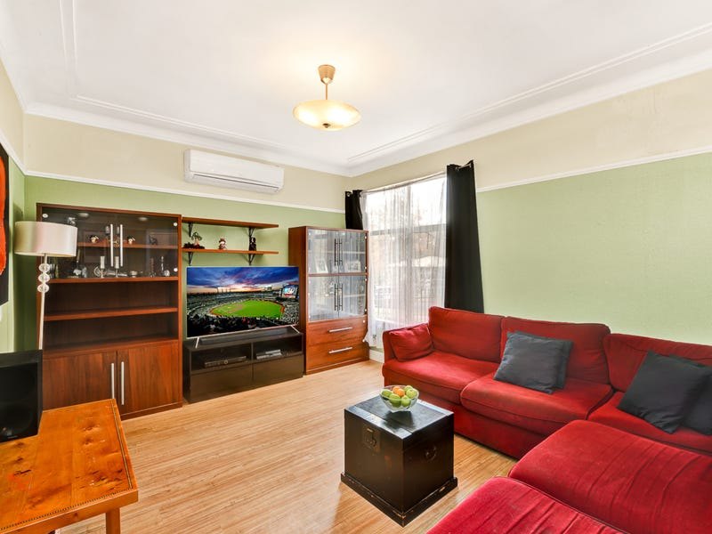 12 Burrawong Cres, Elderslie, NSW 2570