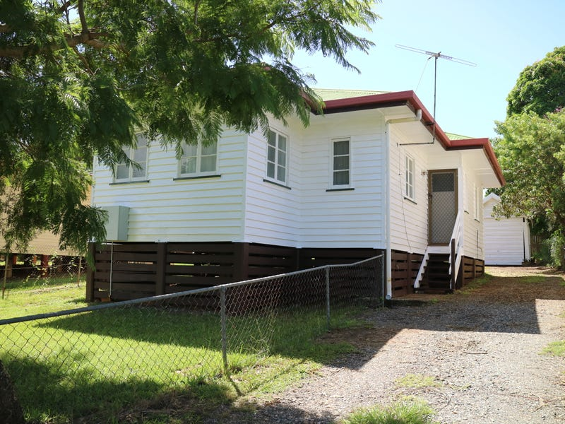 78 Mclennan St, Woody Point, Qld 4019