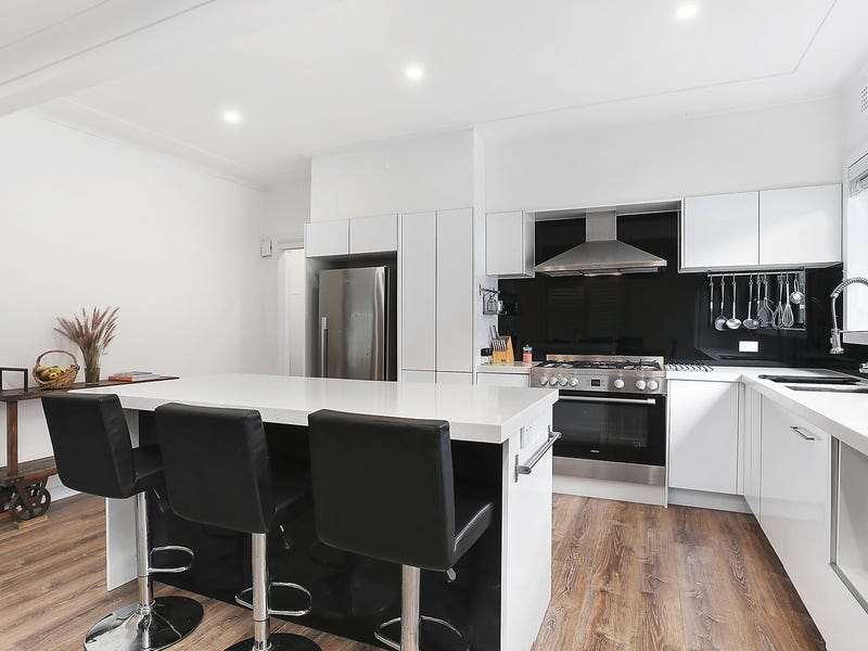 33 Griffiths Avenue, West Ryde, NSW 2114