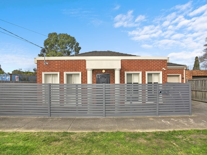 3 Glenfine Avenue, Hamlyn Heights, Vic 3215