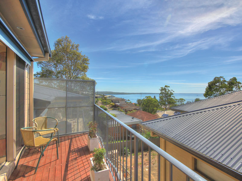 2/18 Vista Avenue, Soldiers Point, NSW 2317