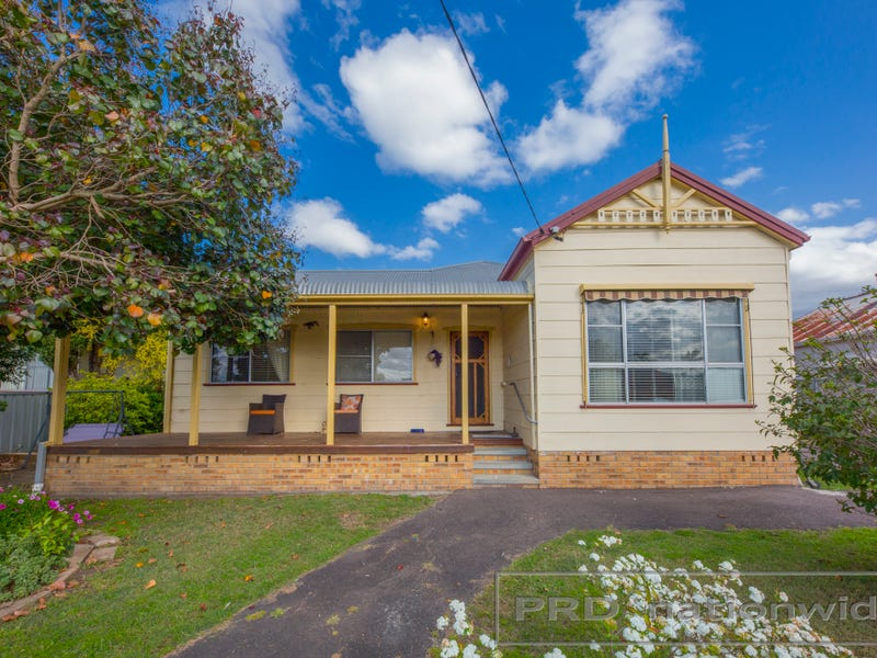 74 Adams Street, Heddon Greta, NSW 2321