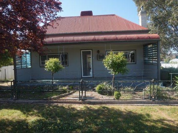 15 Percy St, Junee, NSW 2663