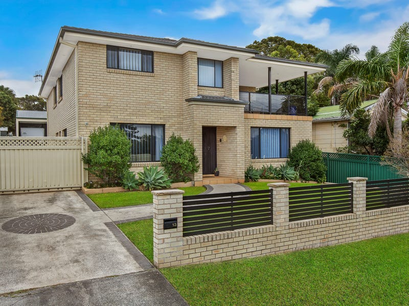 13 South Street, Killarney Vale, NSW 2261