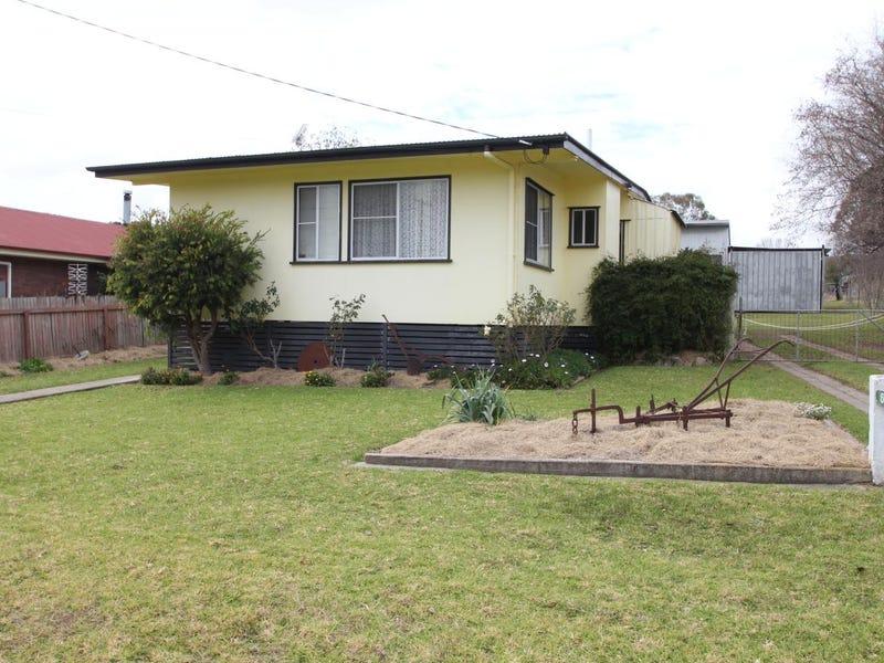 60 Bulwer Street, Tenterfield, NSW 2372