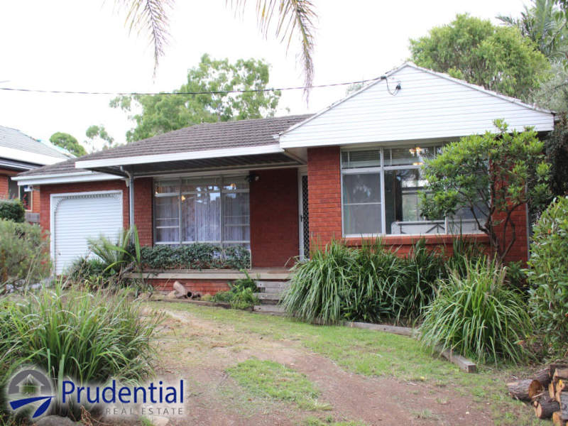 123 St Johns Road, Bradbury, NSW 2560