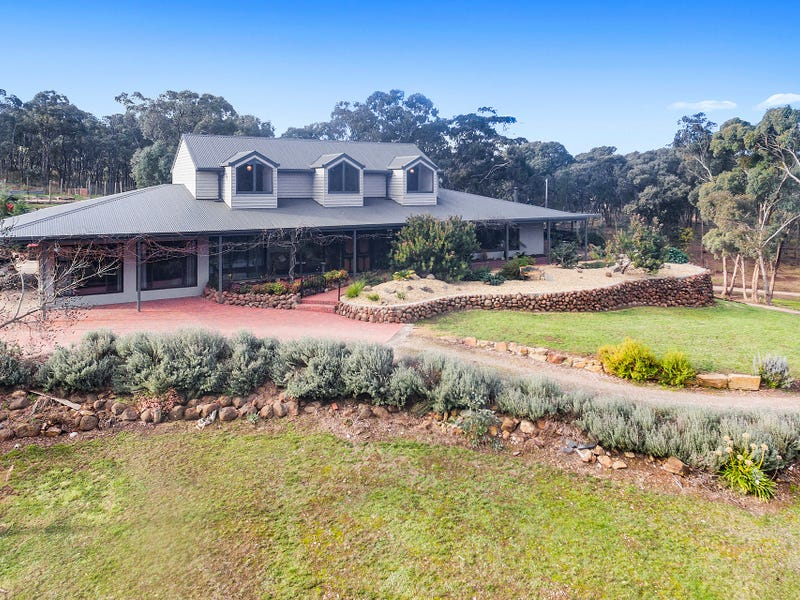 110 O'Halloran Drive, Mandurang South, Vic 3551