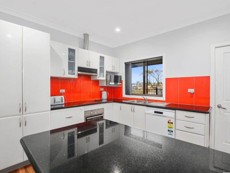 35 Steel Street, Cringila, NSW 2502