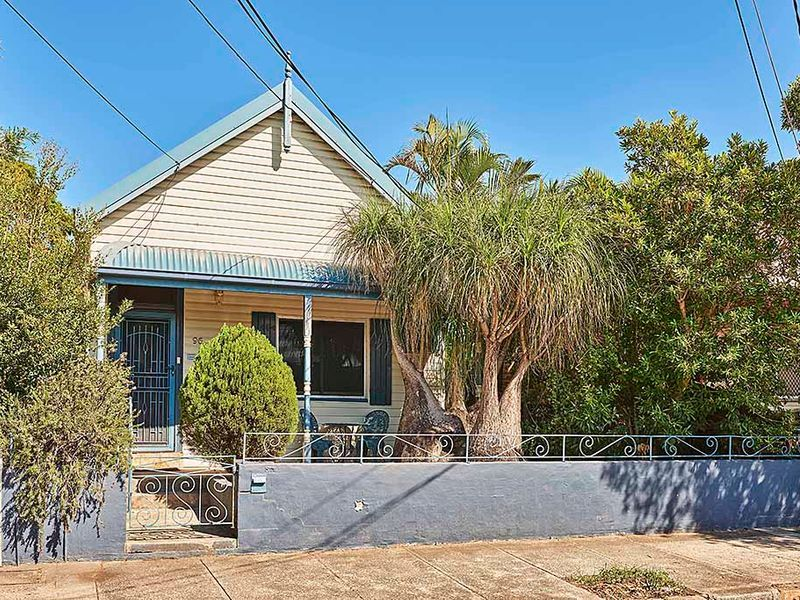 96 Silver Street, St Peters, NSW 2044
