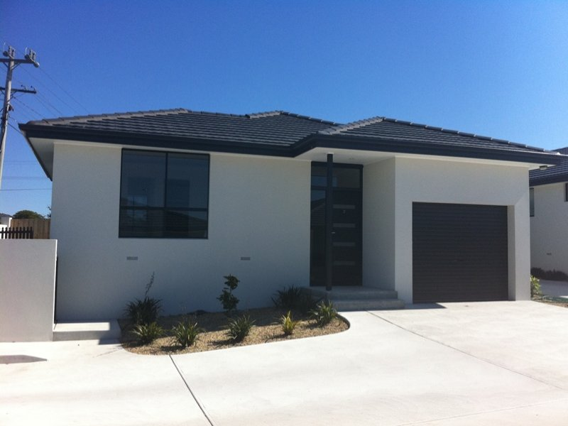 "Unit 2 ""PENNA MEWS"" 25 Penna Road, Midway Point, Tas 7171"