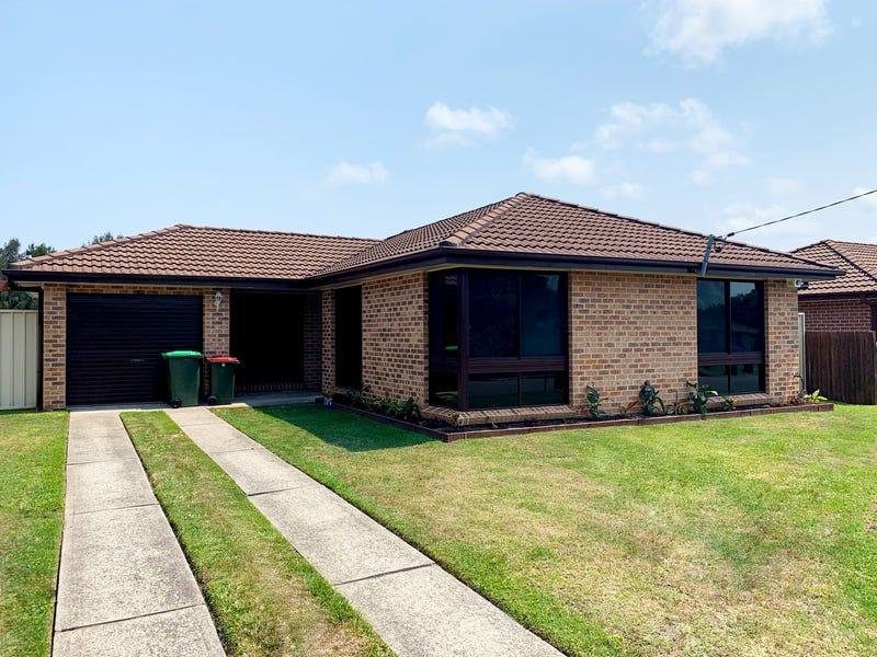13 Finch Place, Bateau Bay, NSW 2261