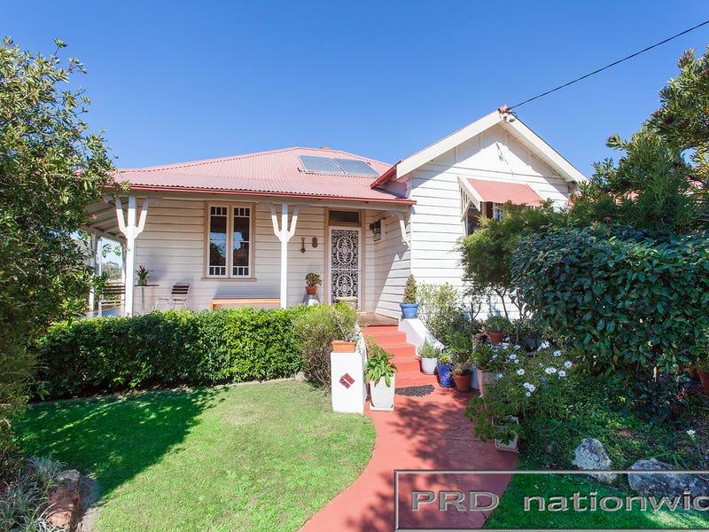 8 Russell St, Branxton, NSW 2335