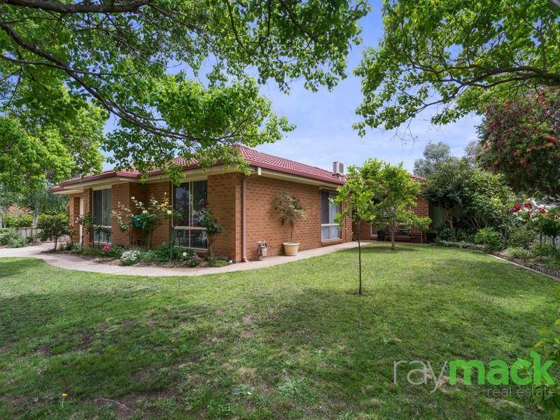 4 Gordon Grove, North Albury, NSW 2640