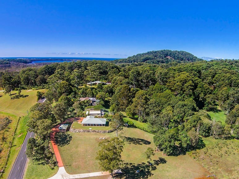 1260 Clothiers Creek Road, Tanglewood, NSW 2488