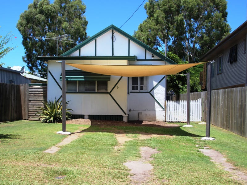 22 Blakeney Street, Woody Point, Qld 4019