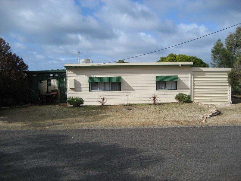 4 Chapman Road, Rogues Point, SA 5571