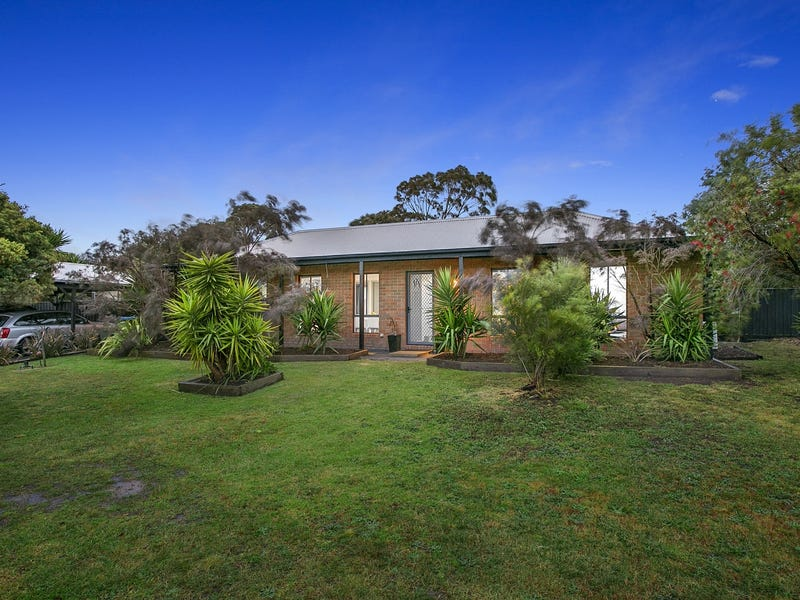 2 Fiona Court, Mount Martha, Vic 3934