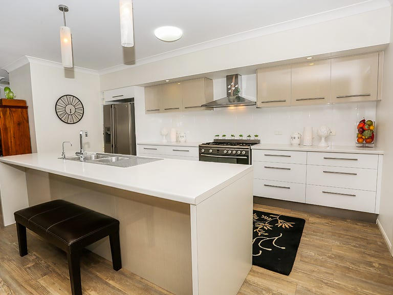 82 Wright Rd, Mount Isa, Qld 4825