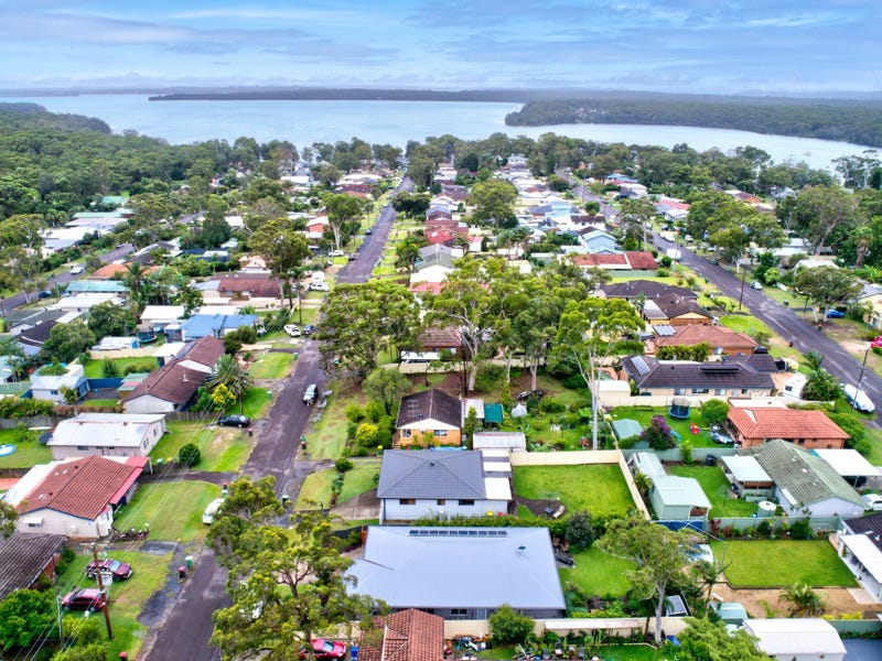 54 Leumeah Avenue, Chain Valley Bay, NSW 2259