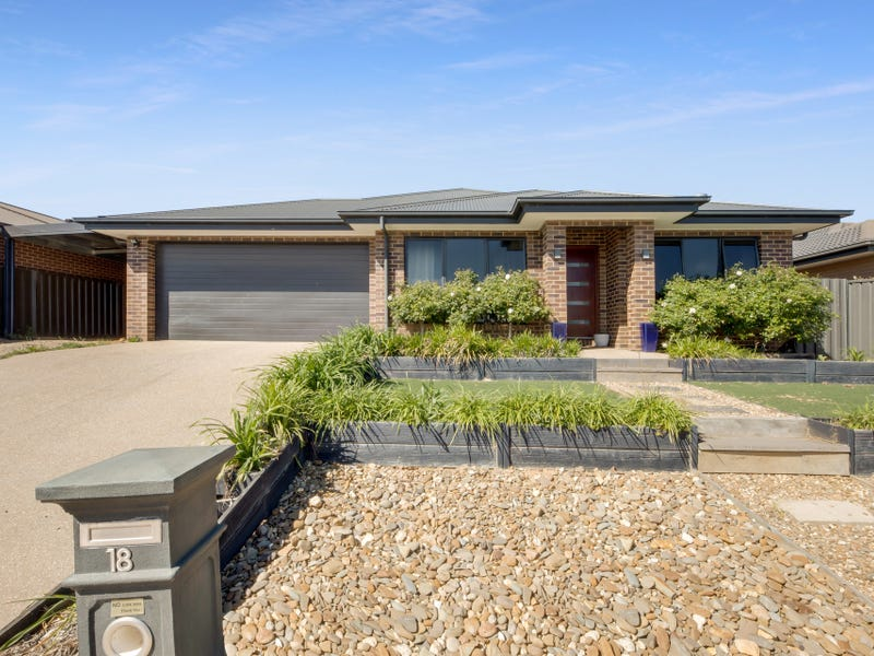 18 Silver Wattle Drive, Wangaratta South, Vic 3678