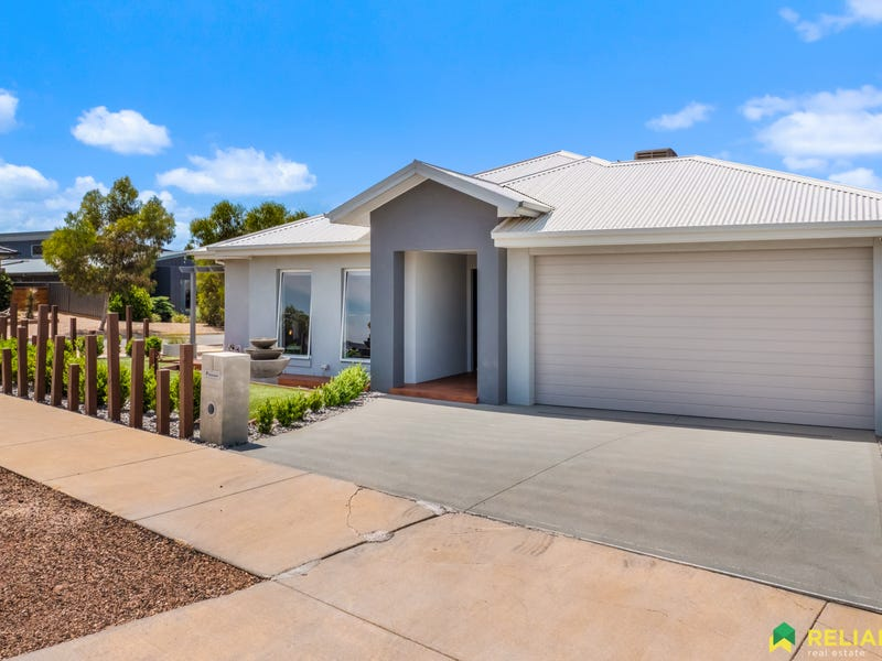 1  Aranar Court, Bacchus Marsh, Vic 3340