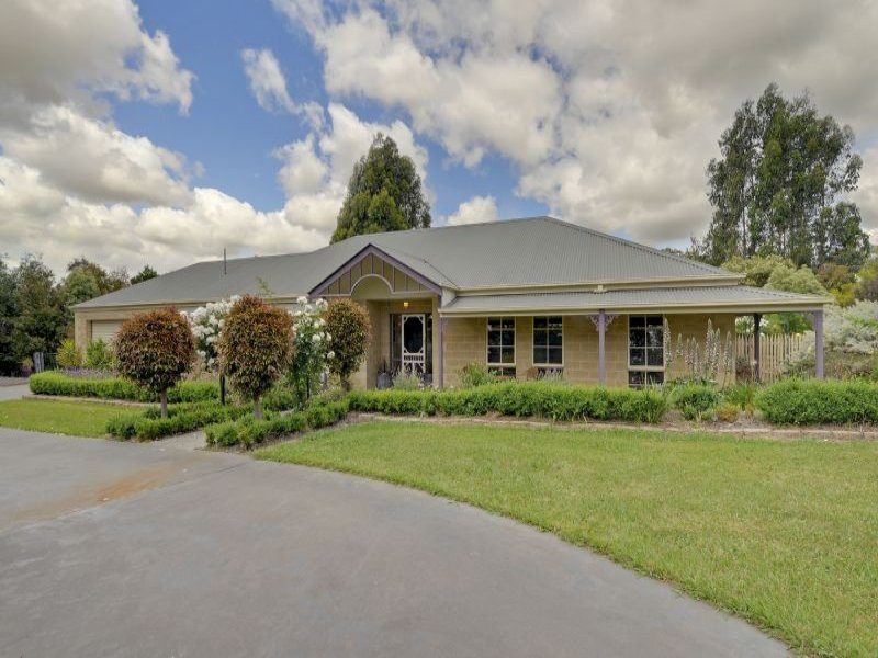 94 Main Road, Tyers, Vic 3844