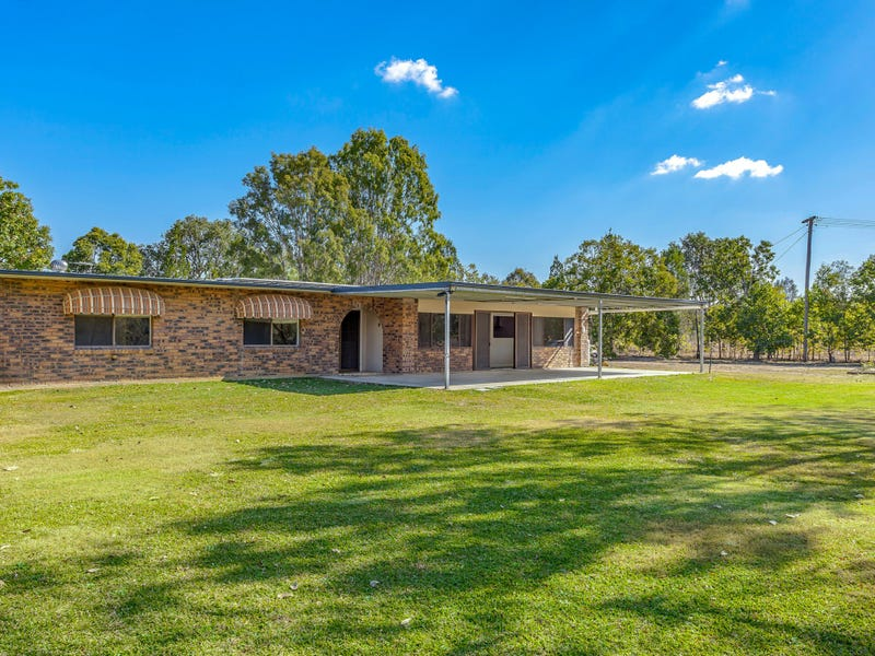 8 Topaz Cres, Lockyer Waters, Qld 4311