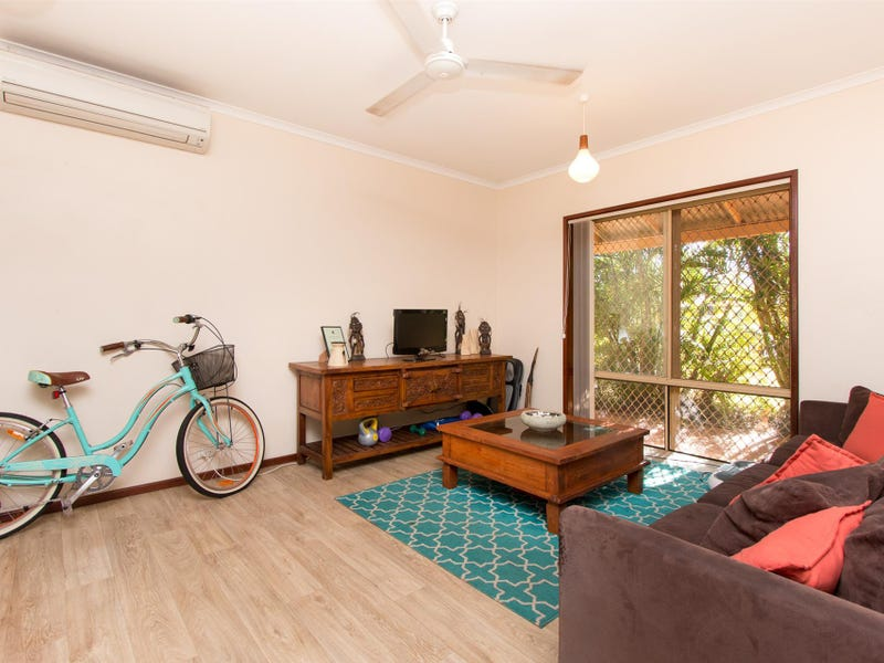 2 Hawkes Place, Cable Beach, WA 6726