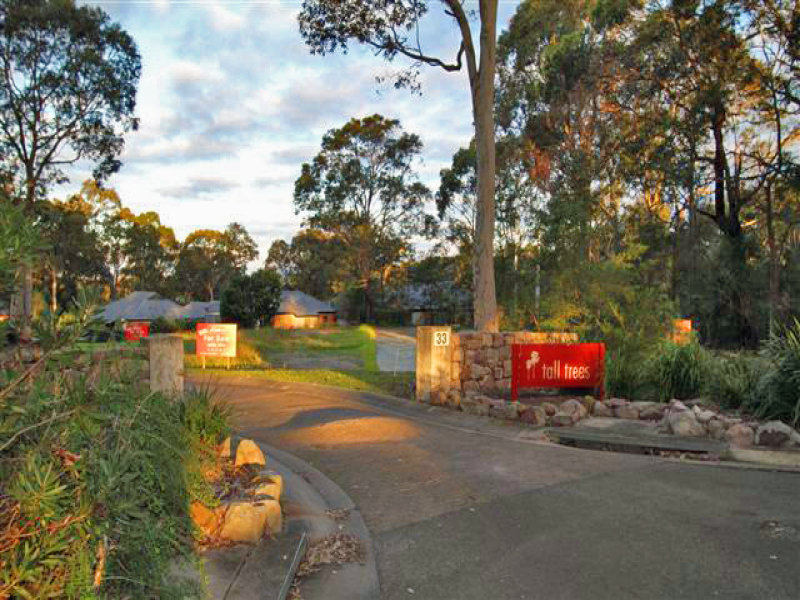 Lot 24,25,26, 33 Lynburn Avenue, Bomaderry, NSW 2541