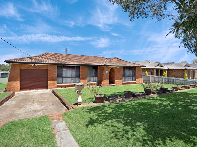 25 Church Street, East Branxton, NSW 2335