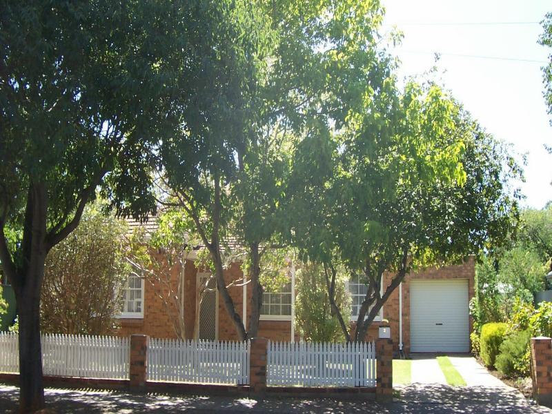 2 Roseberry Street, Daw Park, SA 5041