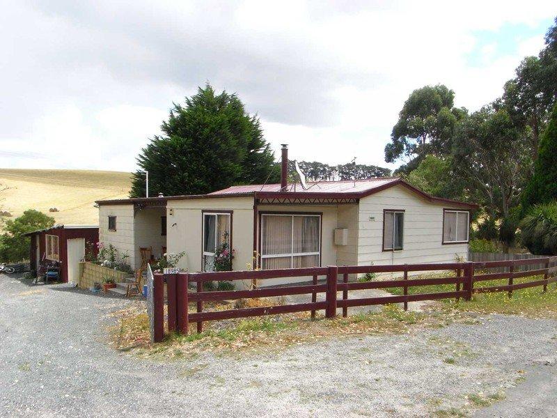 18985 Bass Highway, Rocky Cape, Tas 7321