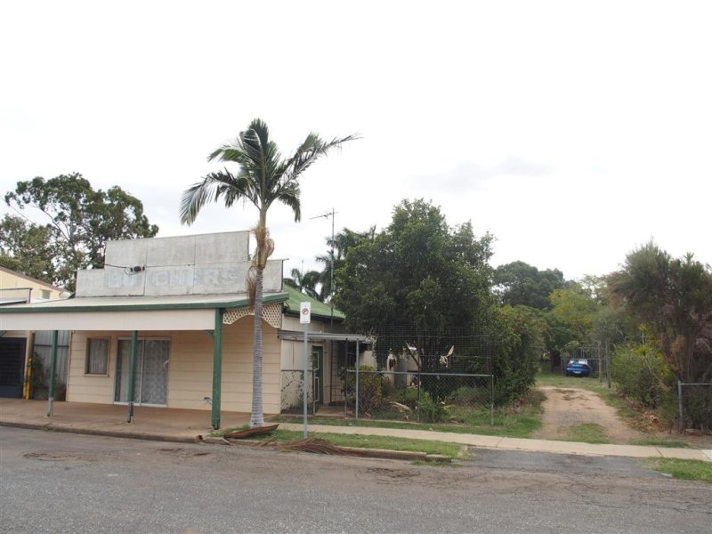 40 Main Street, Bluff, Qld 4702