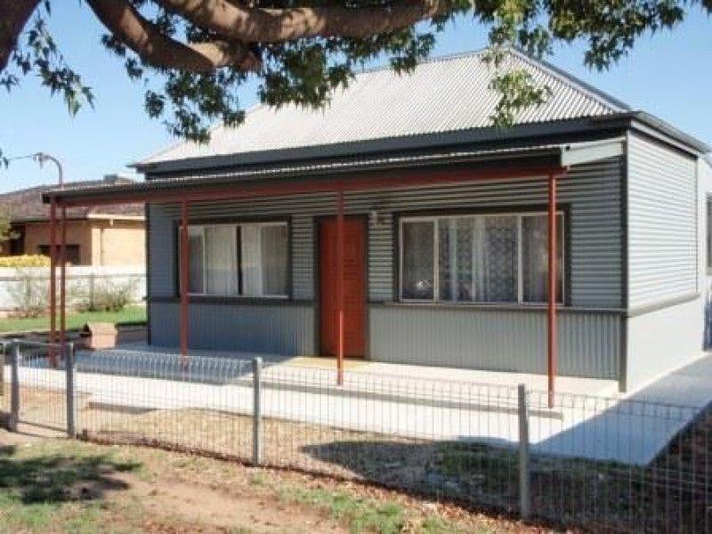 385 CADELL STREET, Hay, NSW 2711