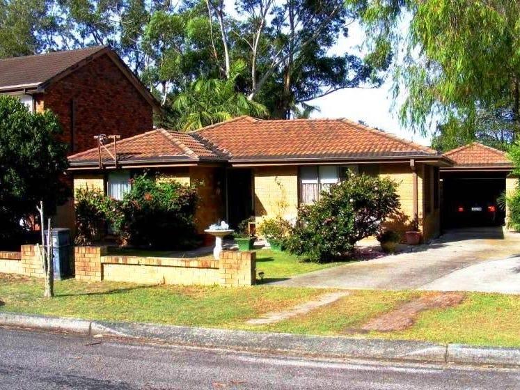 15 Karthena Crescent, Hawks Nest, NSW 2324