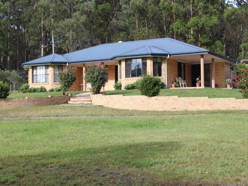 20 Mullalone Place, Pampoolah, NSW 2430