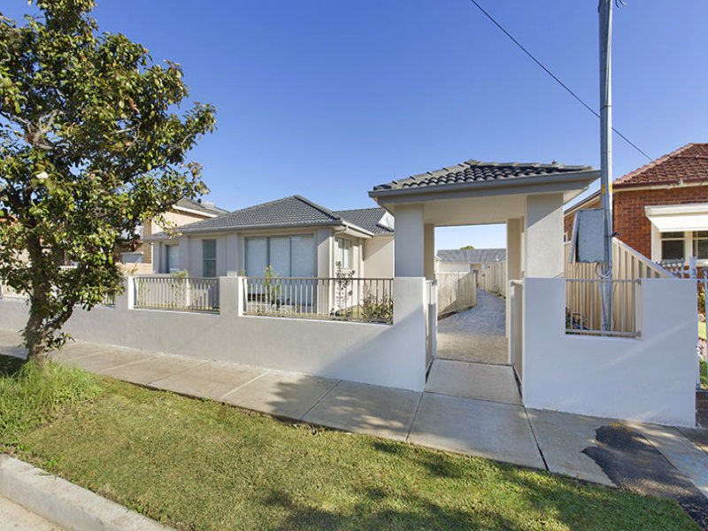 2/25  Bayview Road, Canada Bay, NSW 2046