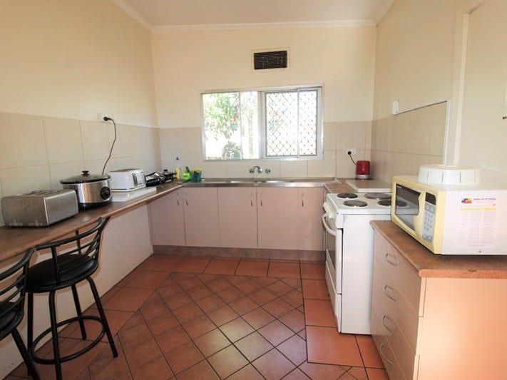 92 West St, Mount Isa, Qld 4825