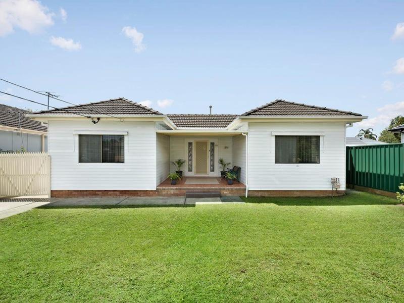 10 Leonard Street, Colyton, NSW 2760
