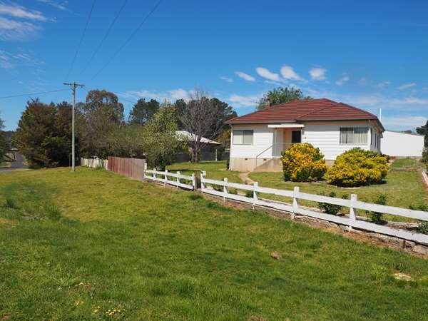 1 Barleyfields Road, Uralla, NSW 2358