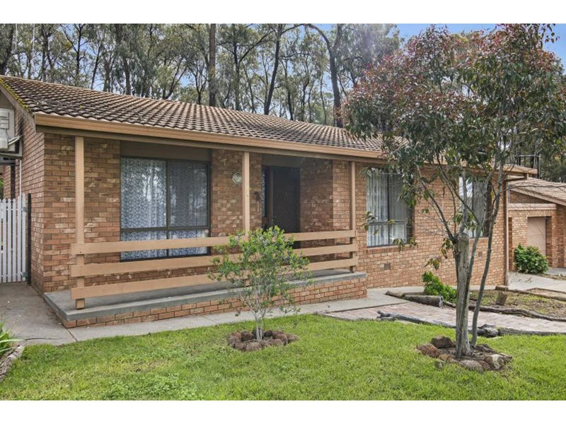 1/126 Edwards Road, Kennington, Vic 3550