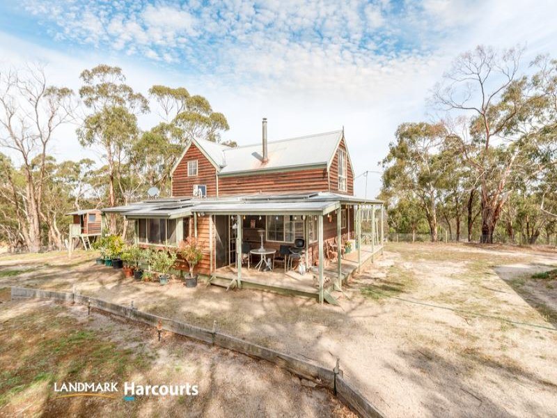 167 East Road, She Oaks, Vic 3331