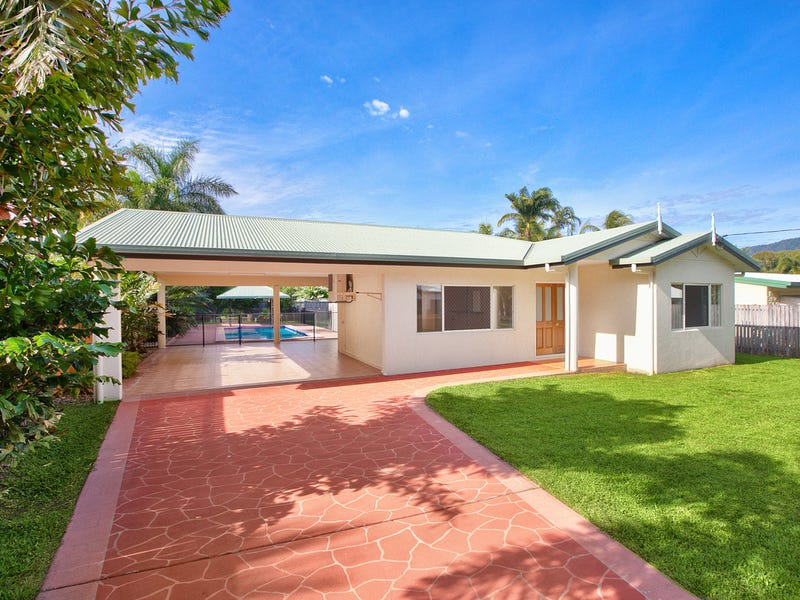 5 Connemara Close, Trinity Beach, Qld 4879