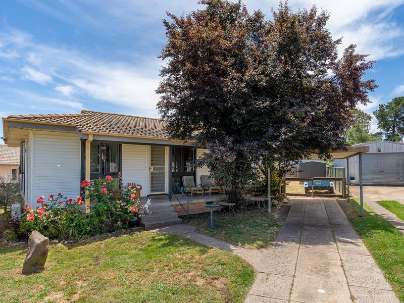21 Algona Crescent, Orange, NSW 2800