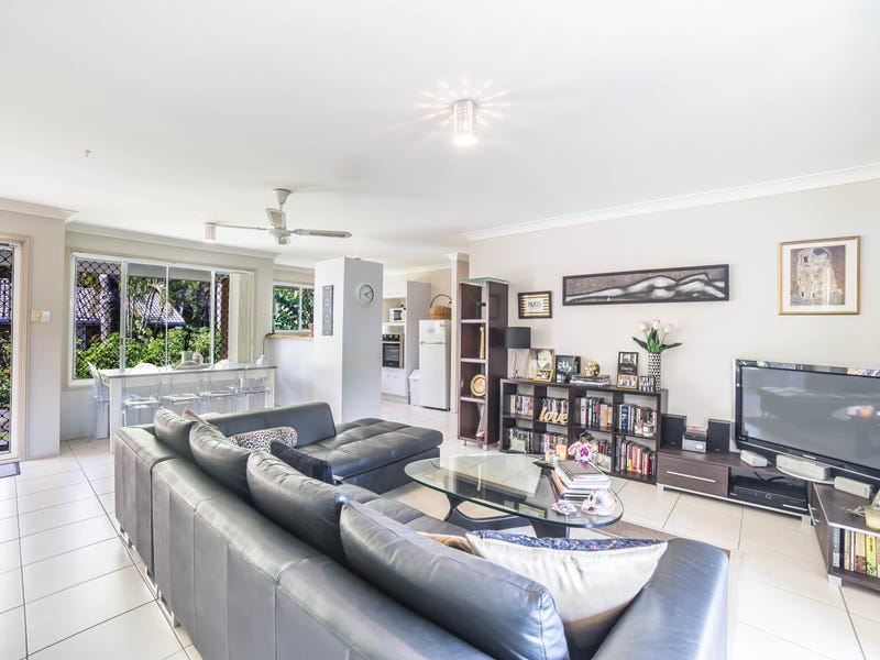 79/97 Edmund Rice Drive, Southport, Qld 4215