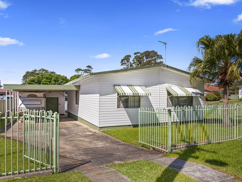 83 Russell Street, Balgownie, NSW 2519